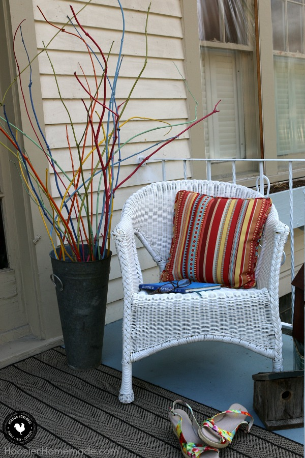 porch-decorating-on-budget