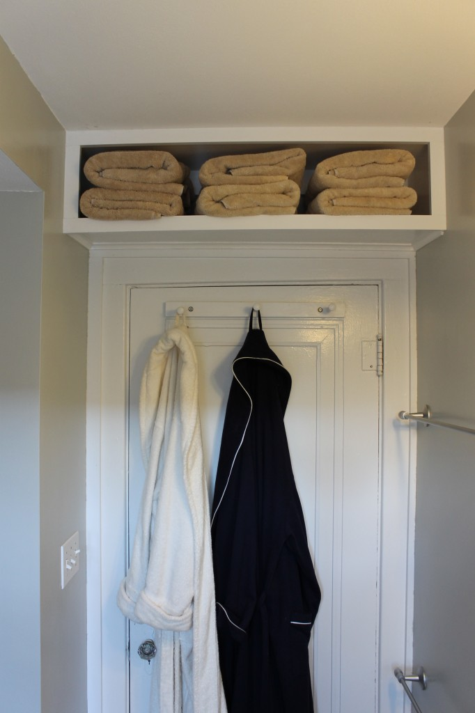 Above the Door Towel Storage Take Advantage of Empty Spaces