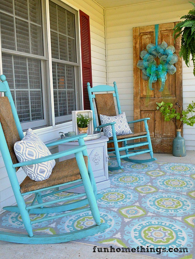 decorating-a-porch-on-a-budget