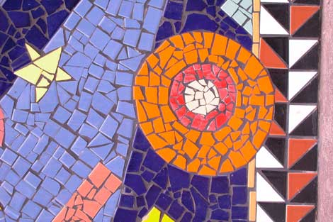 mosaic cinder block planter 9